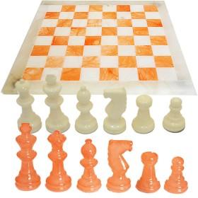 Scacchiera e scacchi in alabastro di Volterra cm. 37x37. 18096 bianco e arancio.