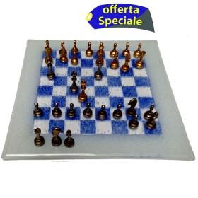 Elegante e originale scacchiera in vetro cm.18,5x18,5 con set scacchi in metallo h.2,7. 18111